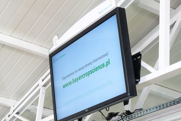 bayer_digital_signage